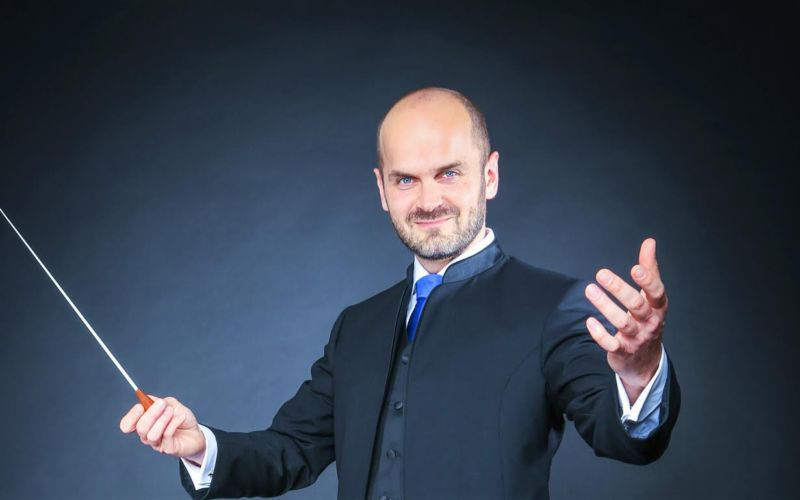 Dirigent Michiel van Vliet